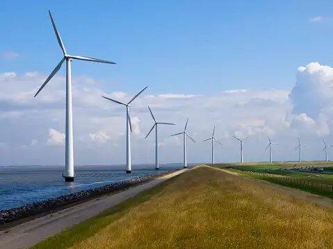 India may miss renewable energy capacity target: GWEC report